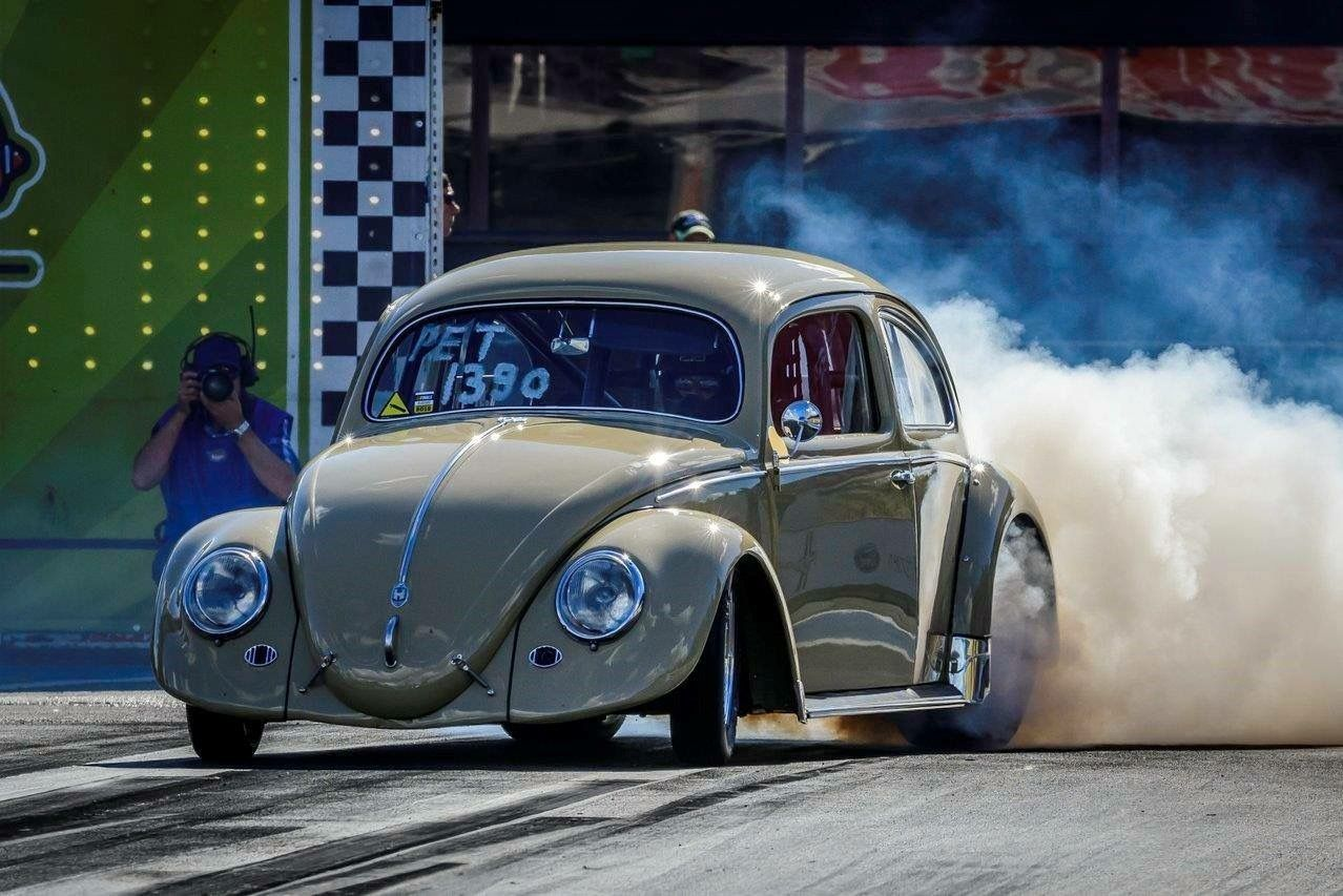 Pin By Jasper Aucsap On Air Cooled Vw S Cal Look And Drag Race Car Only Vw Beetle Classic Drag Racing Cars Hot Vw