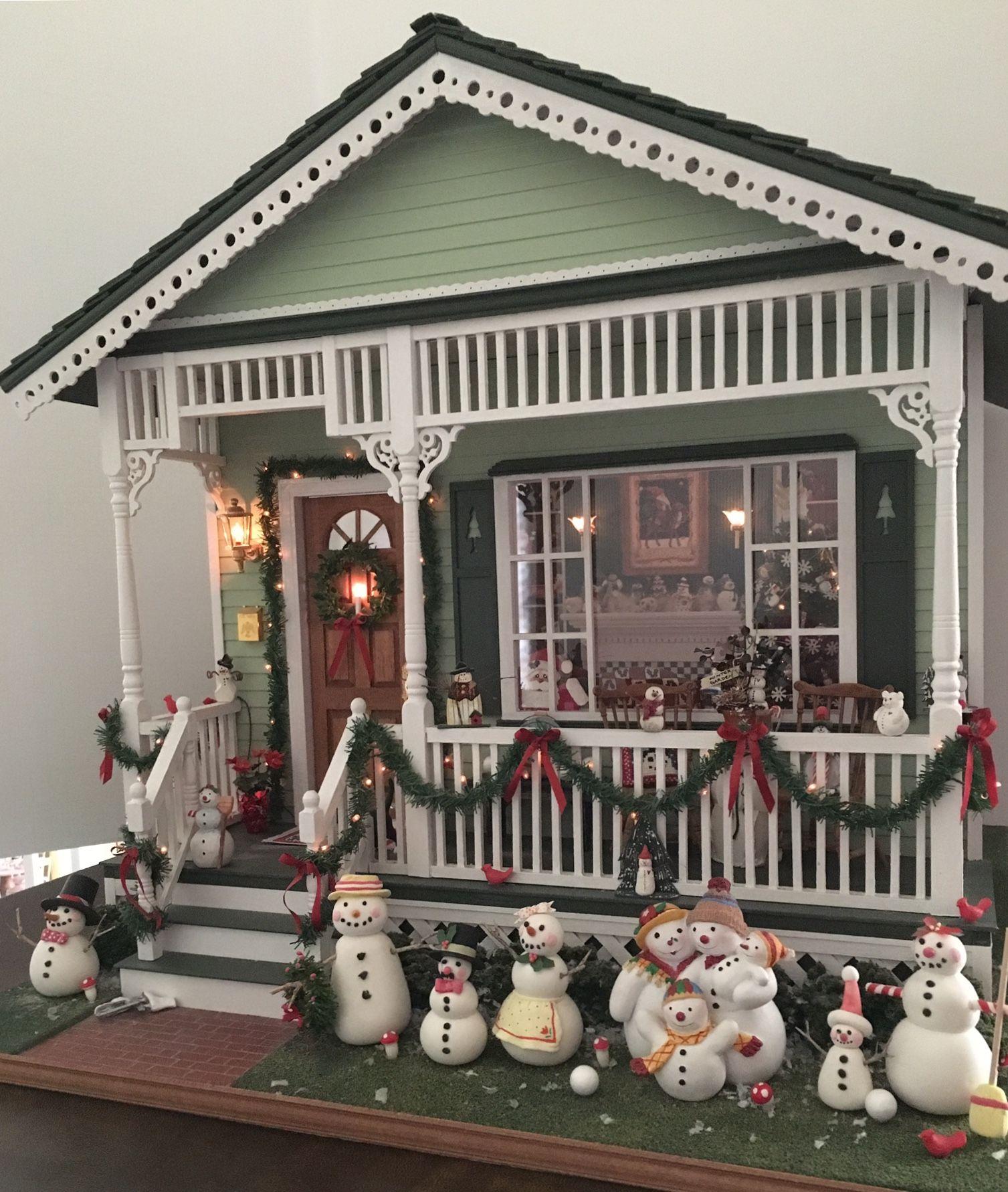 Christmas Dollhouse Miniatures.Dollhouse Miniature Mary Engelbreit Christmas Dollhouses