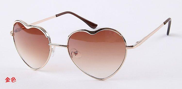 óculos coração... exótico... gostei!
