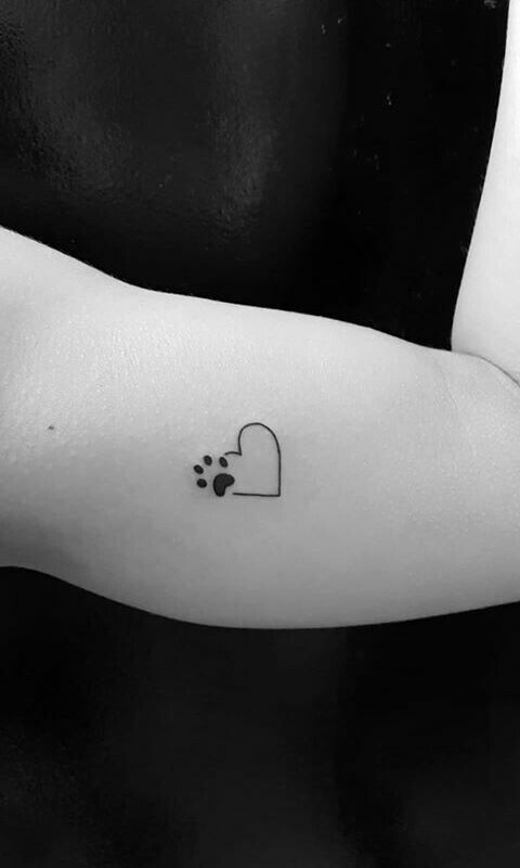 Just the paw print. Love it. Tiny and cute