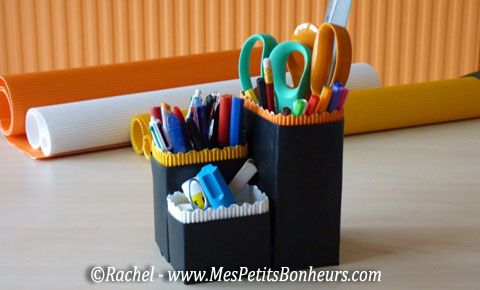 pot a crayons bricolage recyclage bricolages f te des. Black Bedroom Furniture Sets. Home Design Ideas