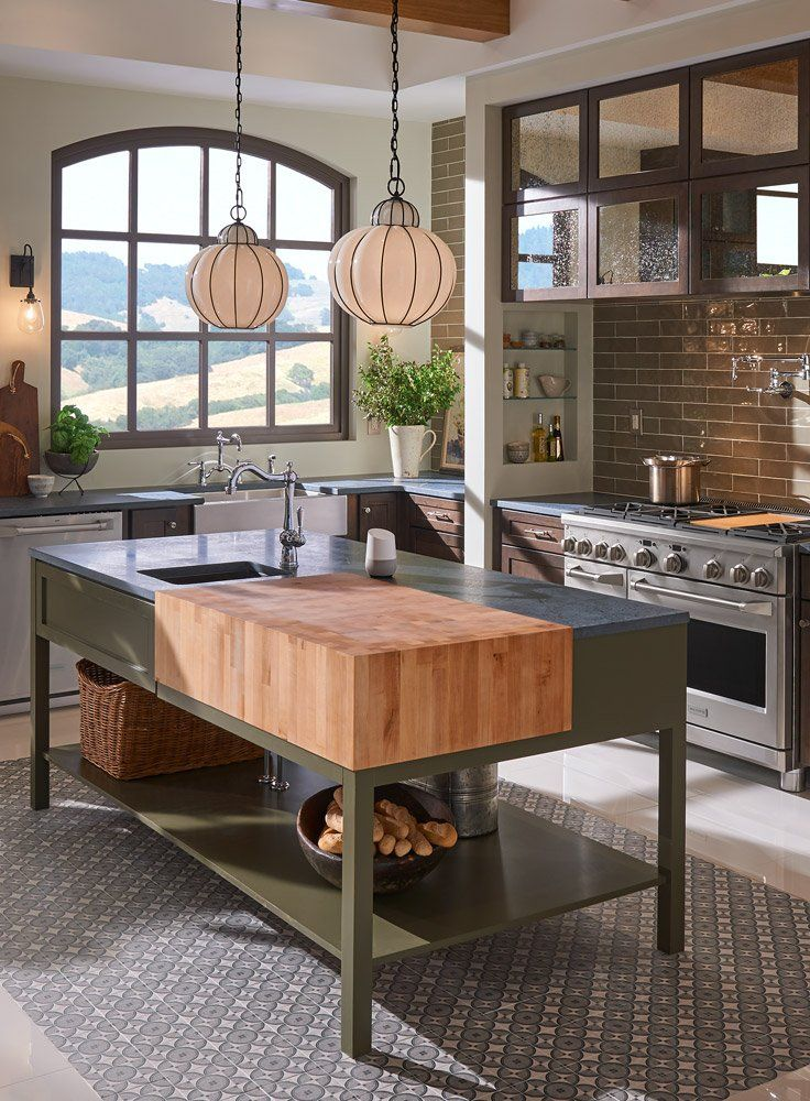 a freestanding kitchen island adds prep space