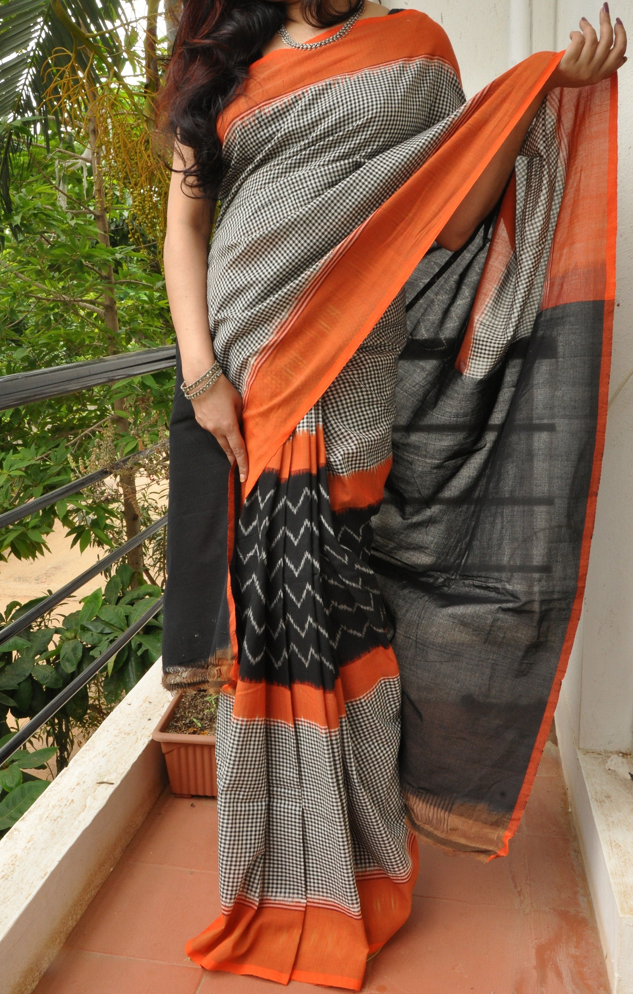 65d25921444394 Ikkat cotton   Ikkat handloom cottons in 2019   Cotton saree, Saree ...