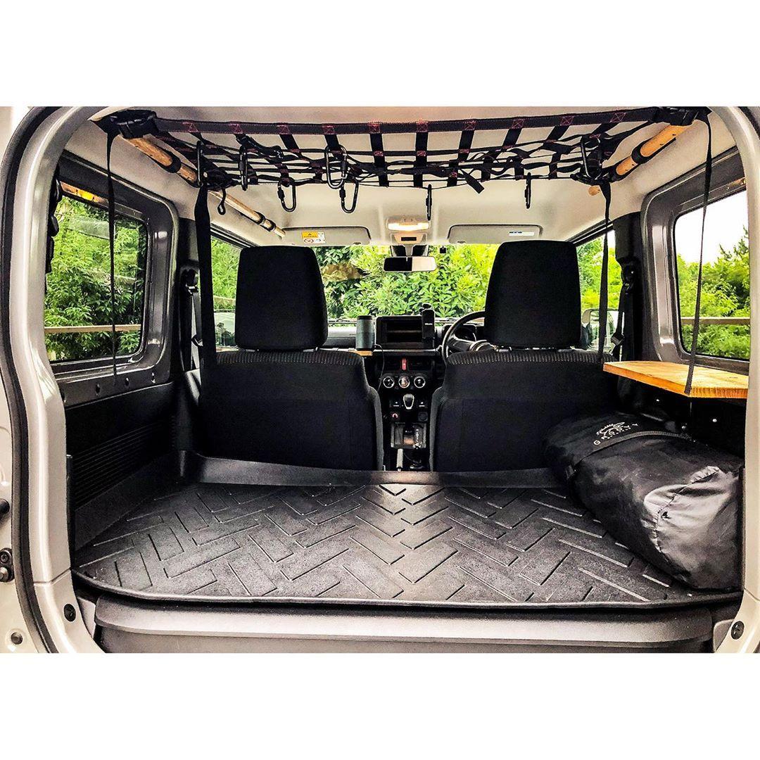 Jimny Kouさんはinstagramを利用しています 030 助手席側アシストグリップ ロング 以前に後部のアシストグリップを外し 丸棒 木材 に交換したのだが 助手席のアシストグリップのみが純正となり 車内で少しういてしまってい ジムニー 内装 ジムニー