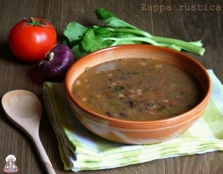Zuppa rustica di legumi
