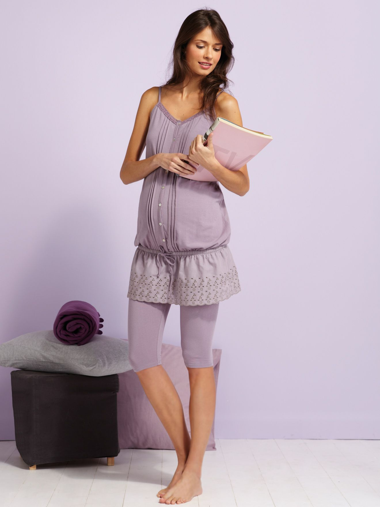Cute dresses for maternity pictures