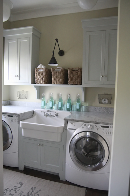 I would LOVE to do laundry in here
