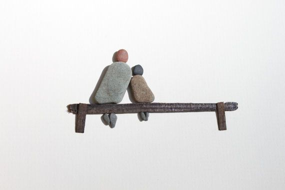 Stone people on the bench. Could make this with sea glass instead of stones and maybe add a sandy beach cool gift idea.