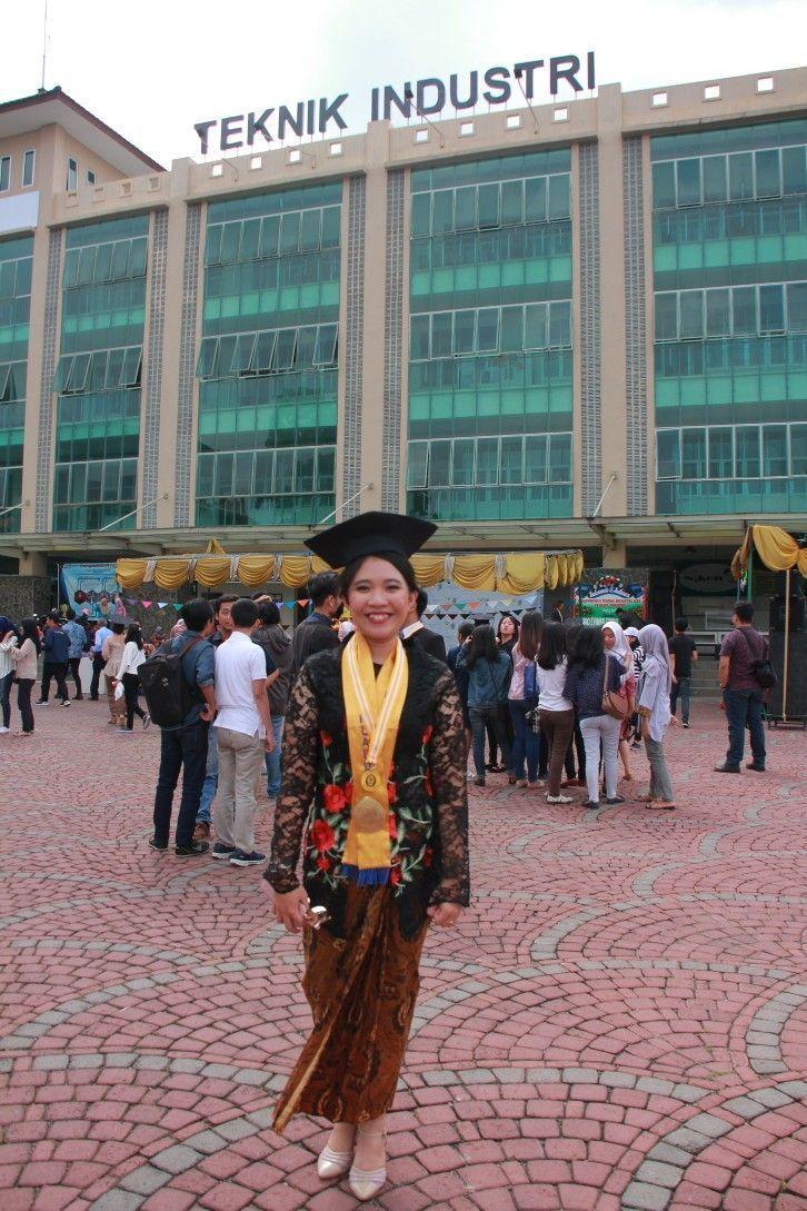 Photo of graduation kebaya #abschluss #abschlussfeier My Graduation Day #kebaya #kebayaja…