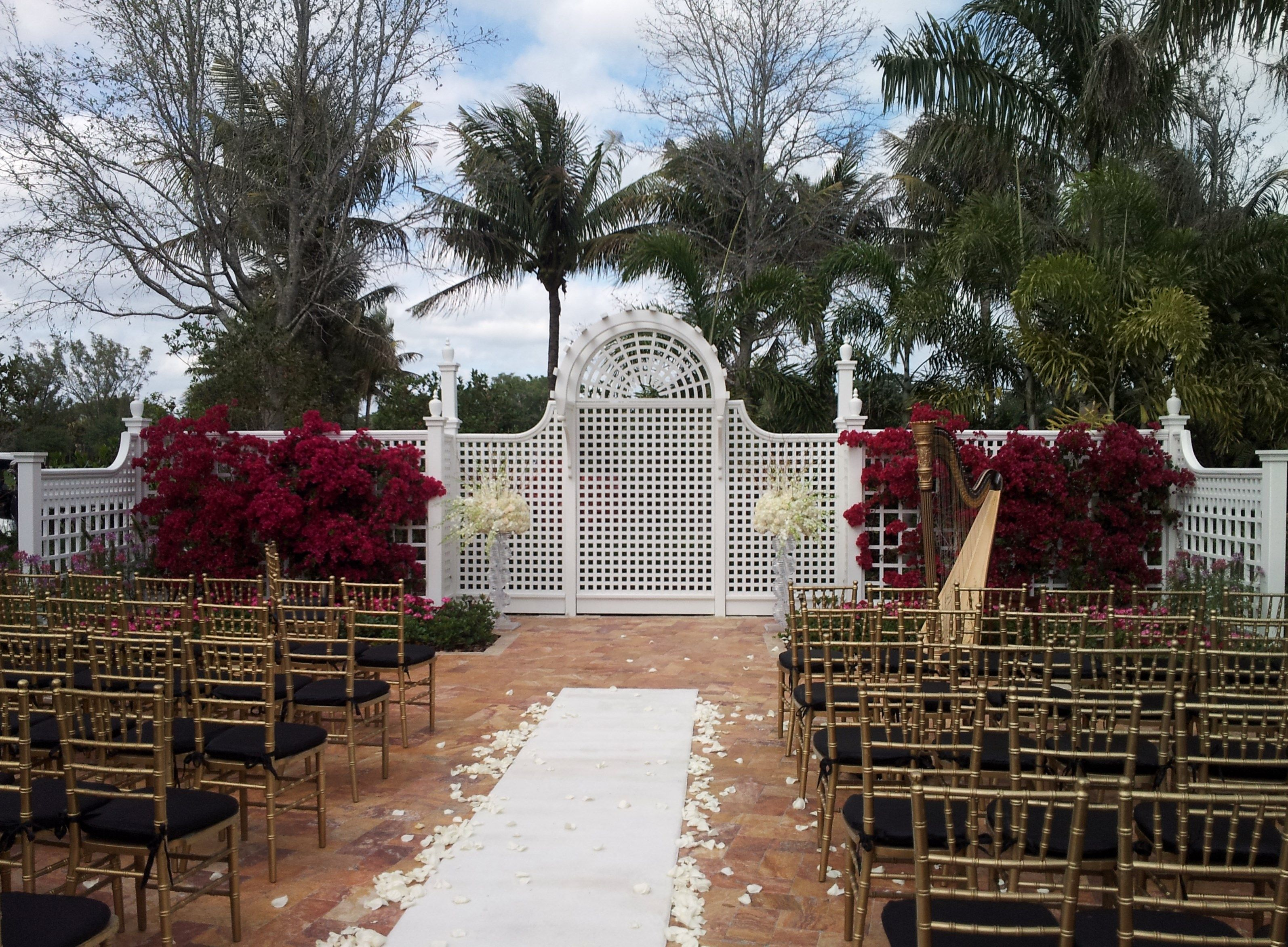 The Harp Music Of Esther Underhay Is Perfect For Your Wedding At Picturesque Deer Creek Country Club In Deerfield Beach Florida