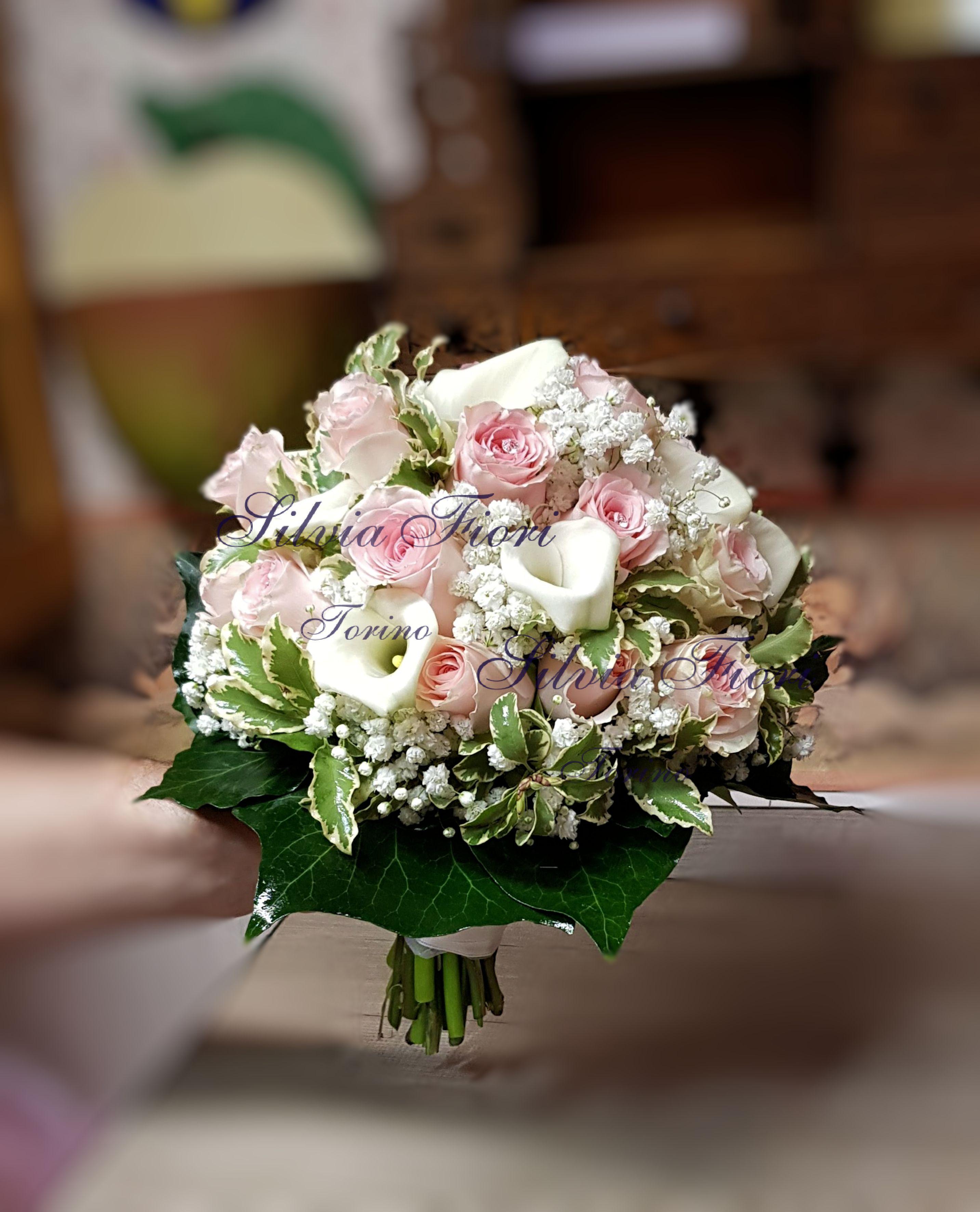 Bouquet Sposa Torino.Bouquet Sposa Rose Rosa Calle Bianche Bouquet Bouquet Di Nozze