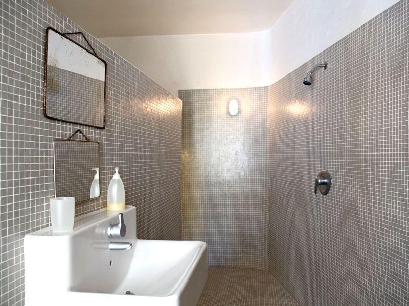 Salle de bains en mosaïque  25 ambiances pour carreler sa pièce d\u0027eau