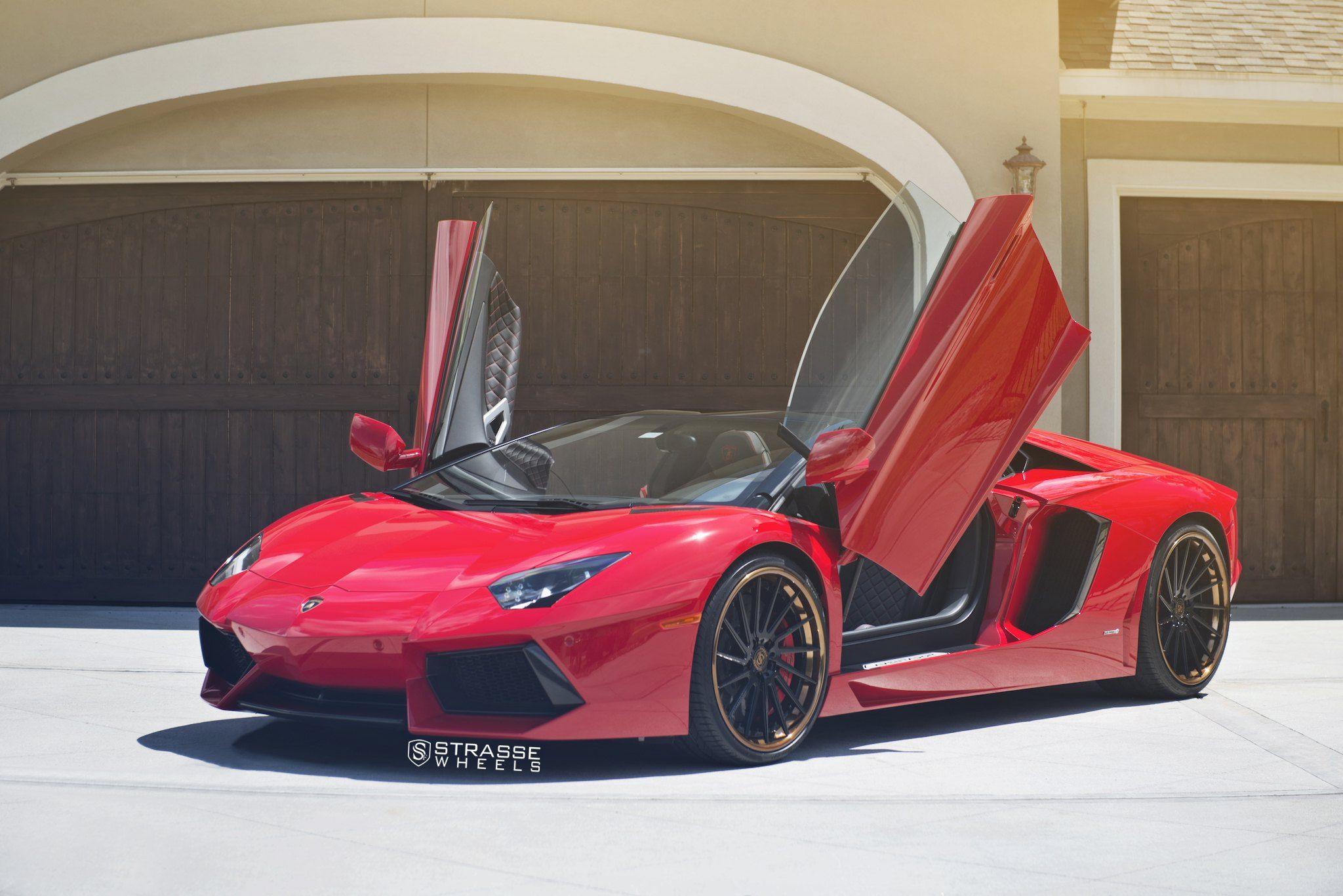 Epic Red Lamborghini Aventador Boasting Vertical Doors Lamborghini Lamborghini Aventador Lp700 4 Red Lamborghini