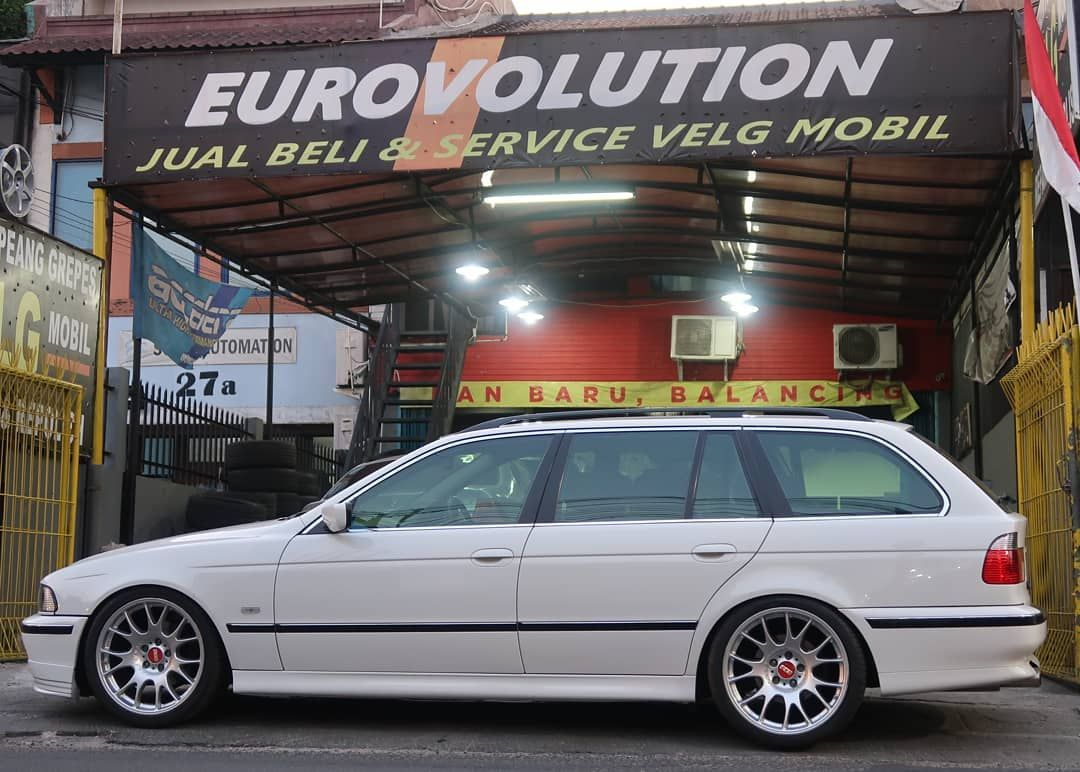 Bmw E39 Touring On Bbs Ch Wheels With Images Bmw E39 Touring