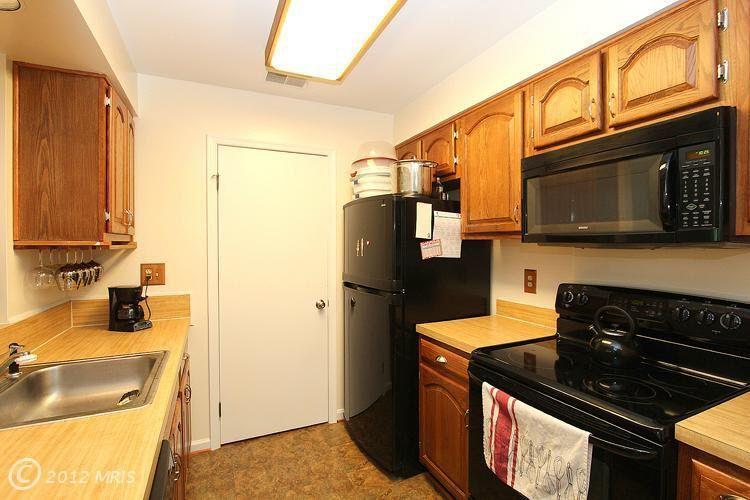 12364 Strong Ct # 540, Fairfax, VA 22033 | Kitchen ...