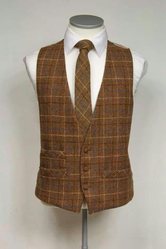 4c0e383cd1 Burnt orange plaid | jackets in 2019 | Tweed waistcoat, Harris tweed ...