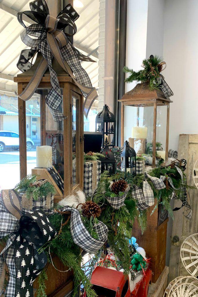 Black & White Christmas Decorations