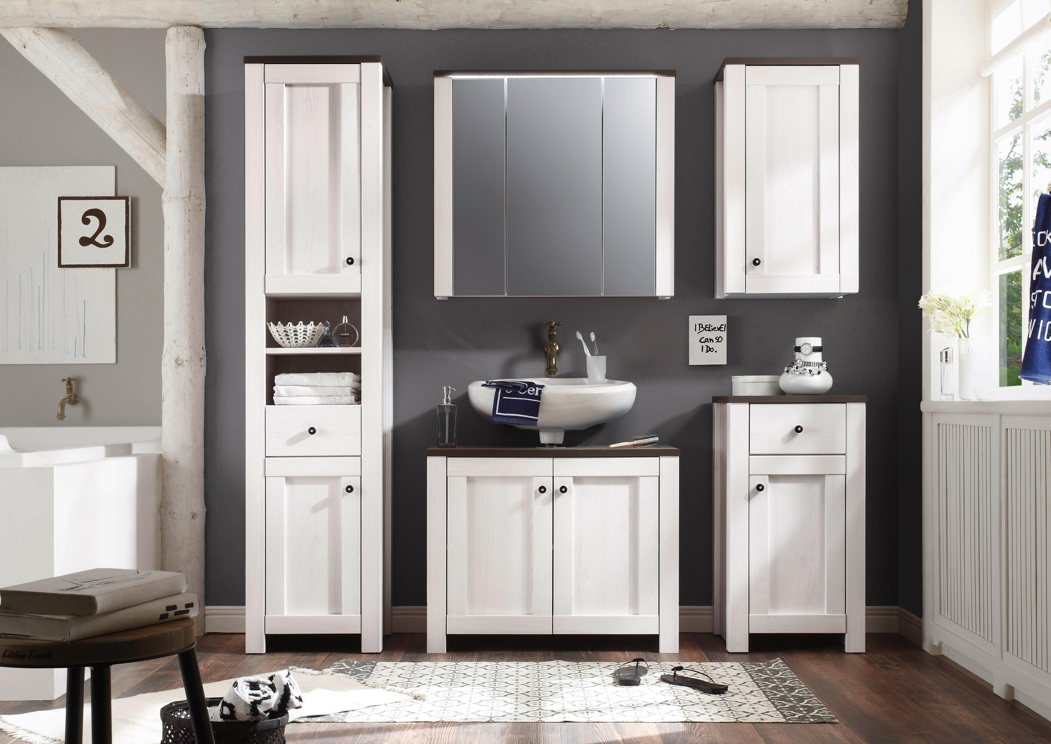 Landscape kupaonica kombinira moderan i starinski stil Izrađena je od elemenata u bijeloj boji