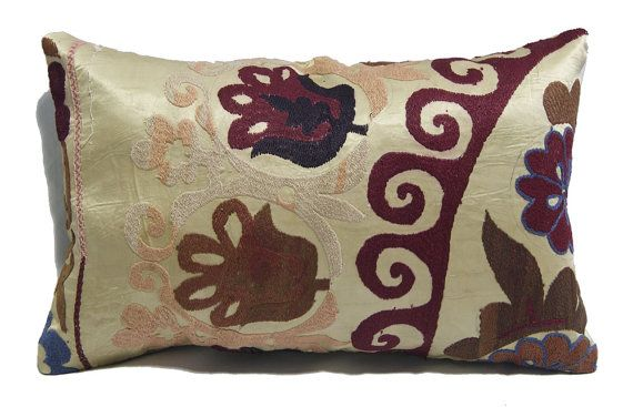 free ship. Vintage Custom Made Decorative Hand by treeoflifecafe, $24.90