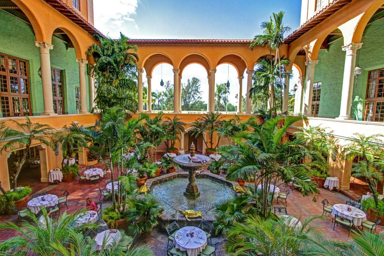Fontana Courtyard Biltmore Hotel Miami Coral
