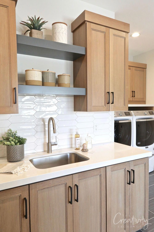 Large Laundry Room With Oak Cabinetry Littlekitchenremodel Diy Kitchen Renovation Kitchen Cabinets Decor Home Decor Kitchen
