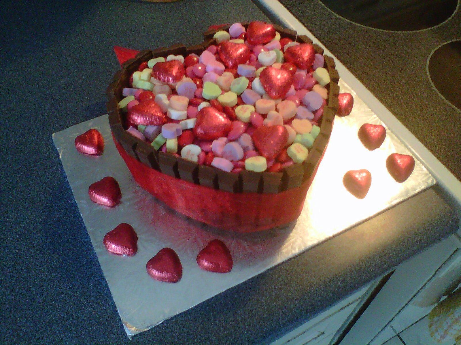 Valentines cake for my boyfriend bday ideas Pinterest Cake