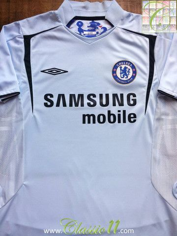 b2b6a4245 Relive Chelsea s 2005 2006 season with this vintage Umbro away football  shirt.
