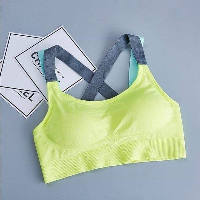 Women sport bra 🏋️‍♀️🥊 femalebodyshop.com . . . #women#sport#bra#active#fitness#workout#gym#sweat#yo...