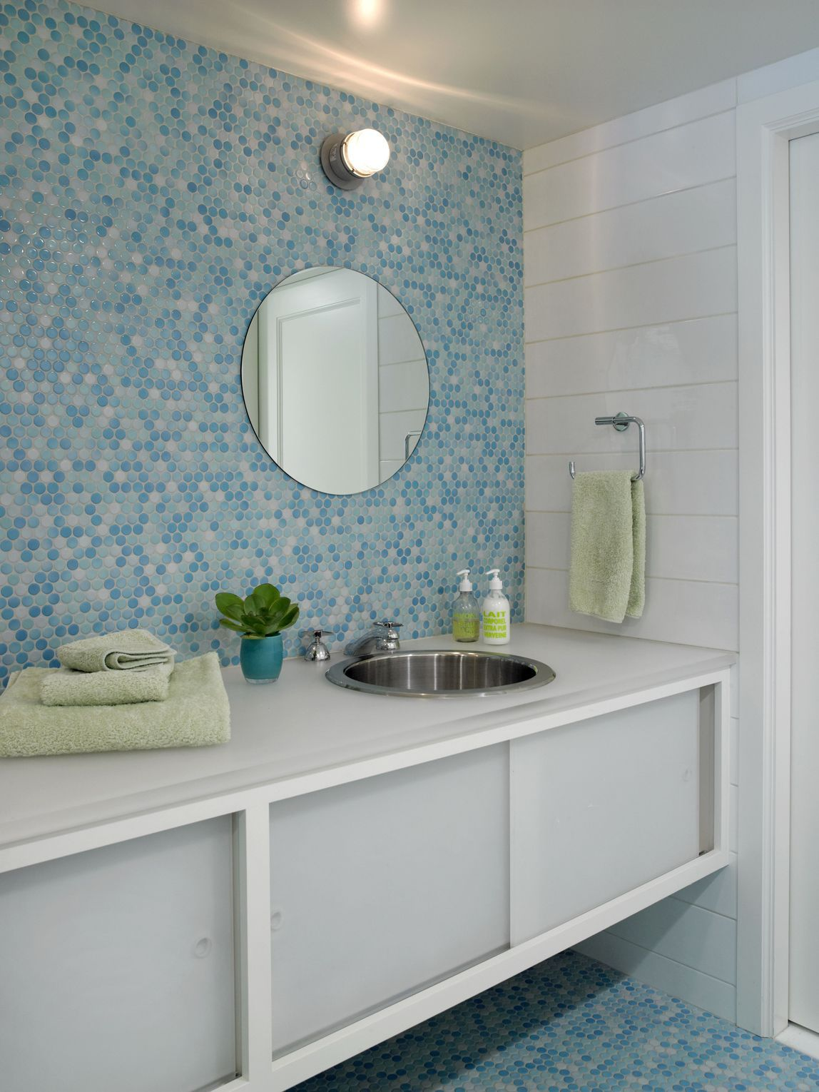 33 Unique Bathroom Tile Ideas | Pinterest | Blue tiles, Walls and ...