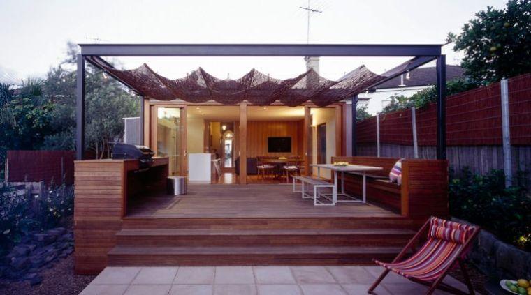 Canisse pergola  35 idées pour un ombrage naturel pour bien - prix d une terrasse en bois