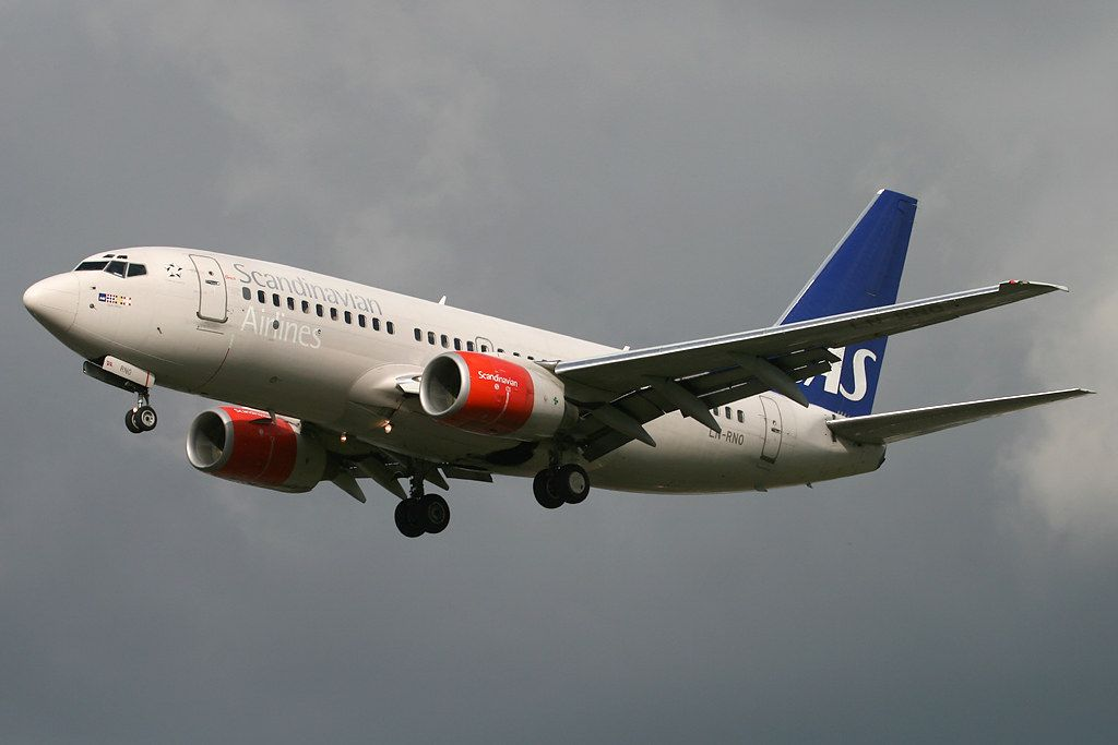 Sas Scandinavian Airlines Boeing 737 783 Ln Rno Gjuke Viking At London Heathrow In 2020 Boeing Boeing 737 Sas Airlines