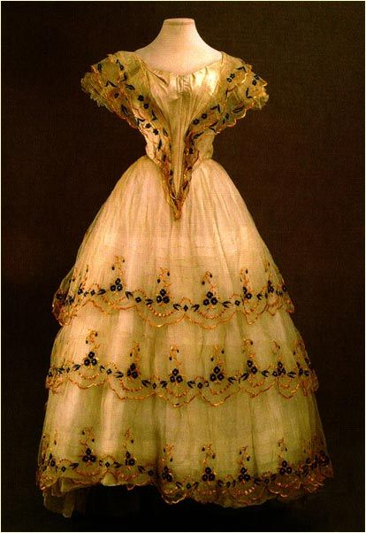 Old Russian Fashion Dresses 1800s