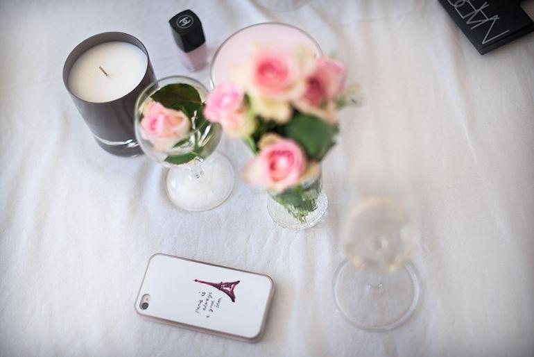 Getting ready before wedding    http://www.monasdailystyle.com/2015/07/17/getting-ready-before-wedding/
