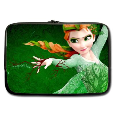 """Frozen Elsa Nature Queen Sleeve for 17"""" MacBook Pro"""