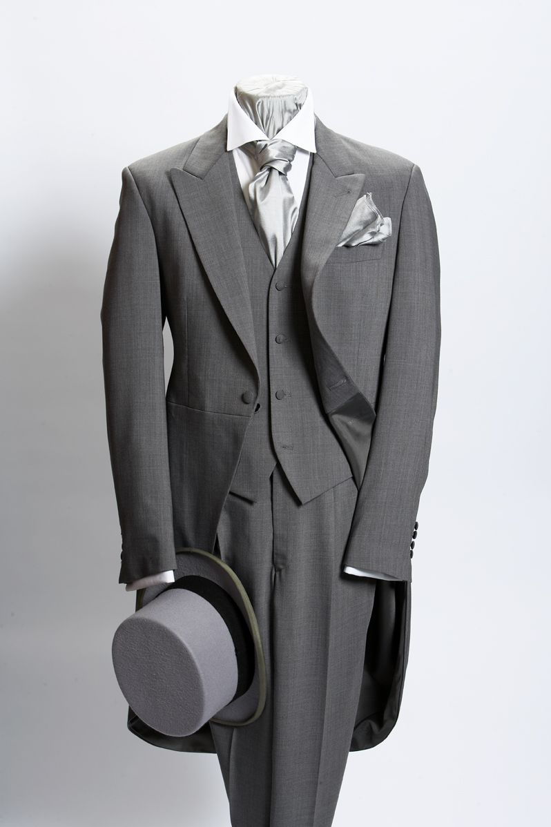 Light grey prince of wales light weight wool morning suit ref