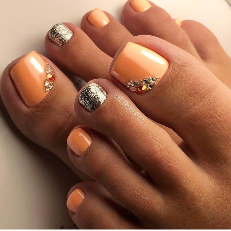 Peach-Rhinestones ToeNailArt | Nailsss:) | Pinterest | Peach, Toe ...