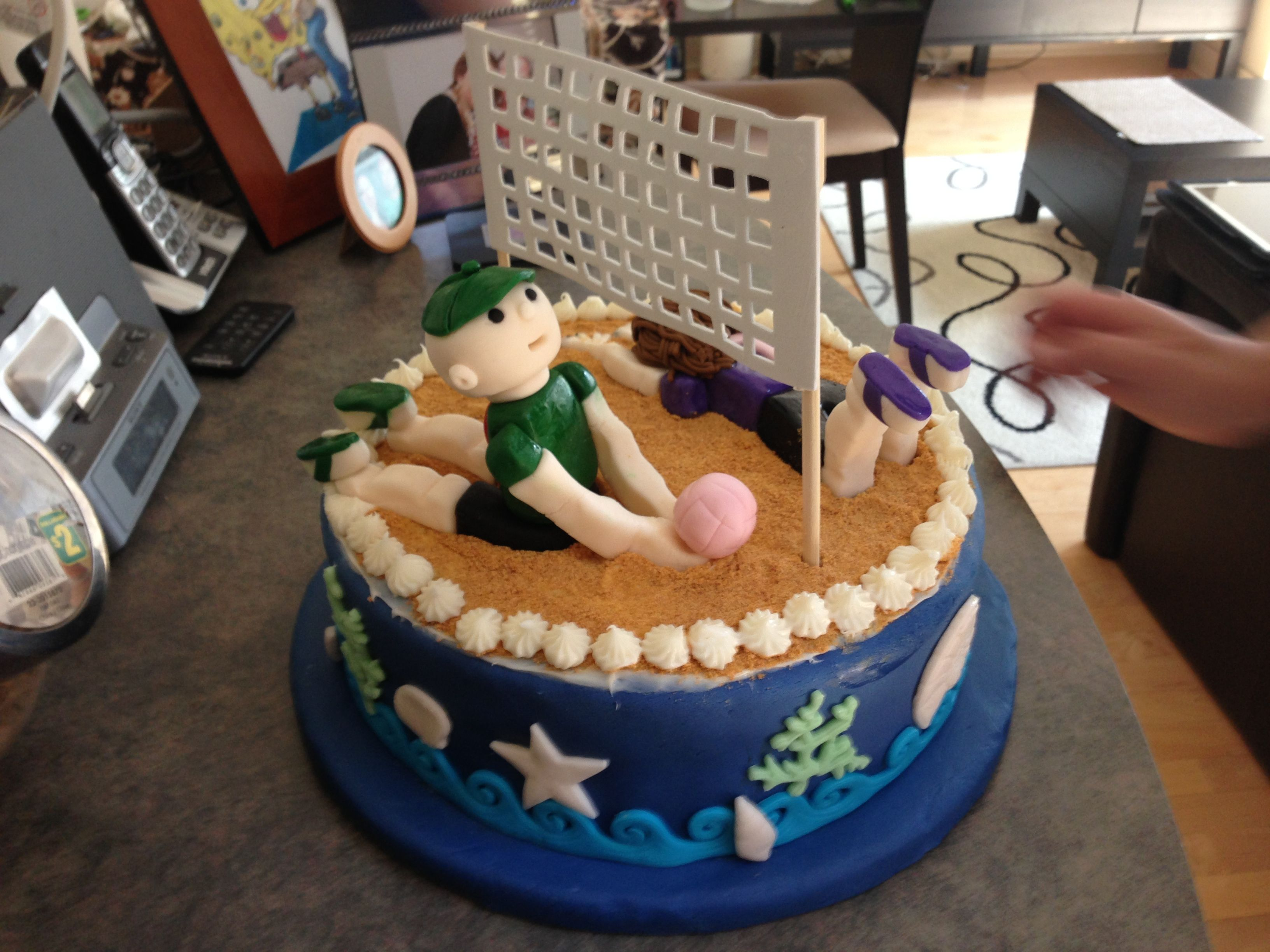 My First Ever Fondant Cake With A Volleyball Beach Theme Picture 1 Pasteles Pepitos