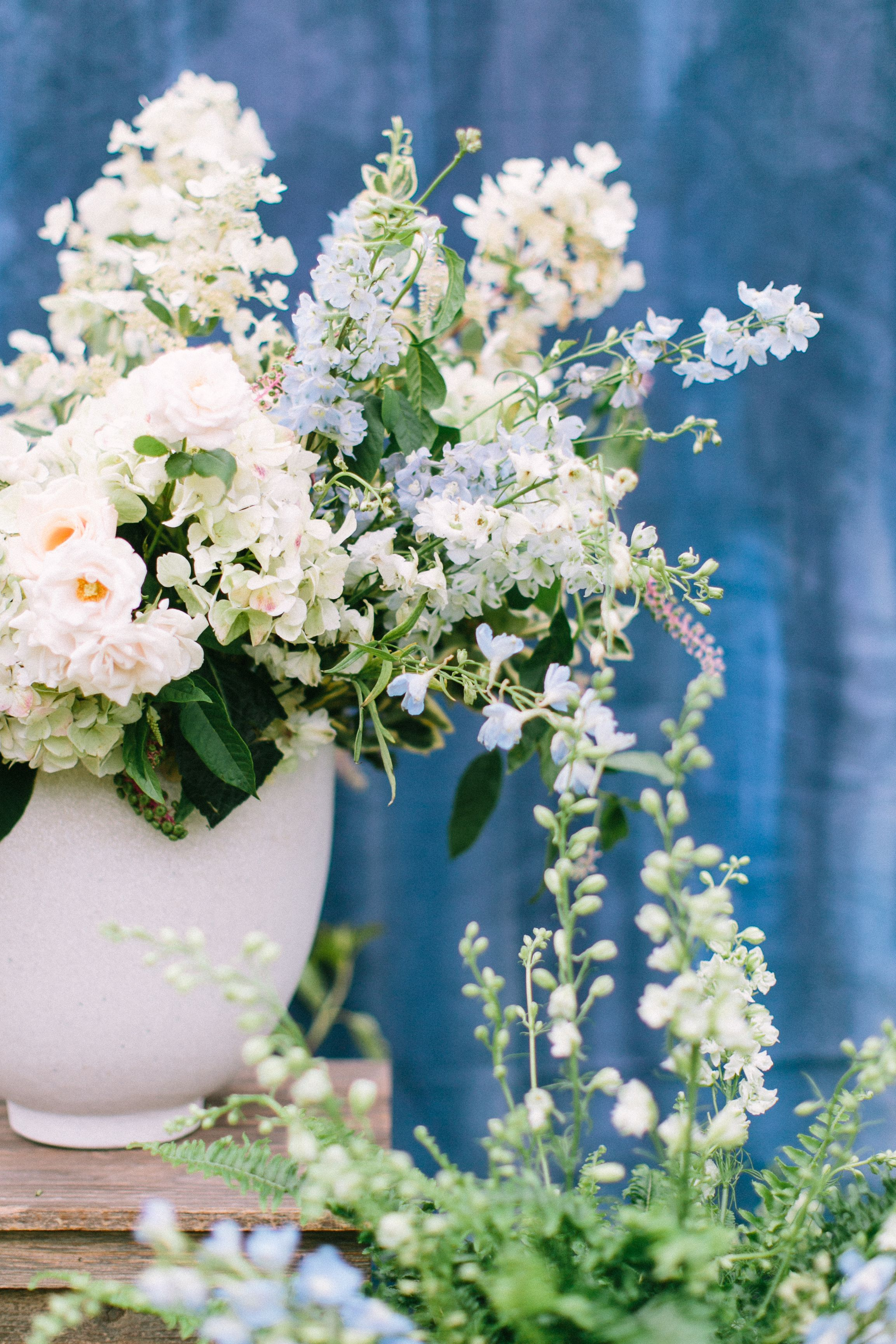Sink those pearly whites into these dentistsu big day flowers