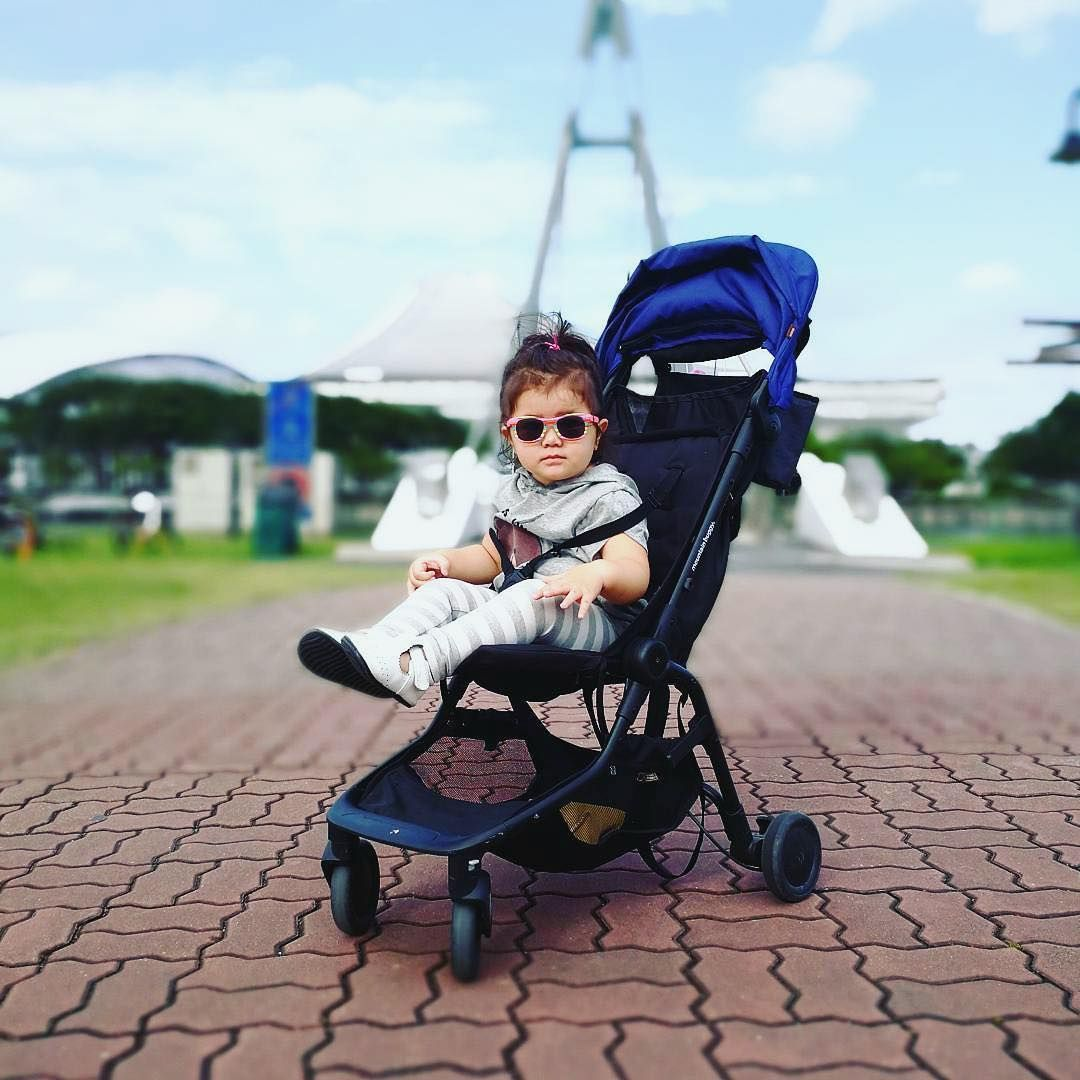 looking slick in Singapore with the nano travel stroller