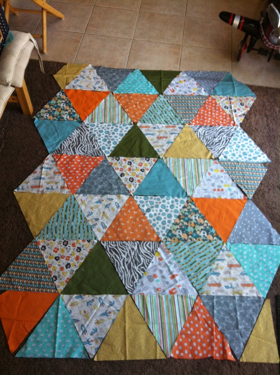 DIY-Triangle Quilt | Room for the boy | Pinterest | Triangles ... : how to sew a triangle quilt - Adamdwight.com
