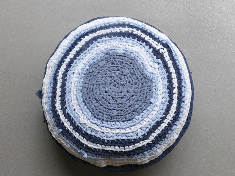 LUMIKELLO rund in Blautönen von Lumikello auf DaWanda.com