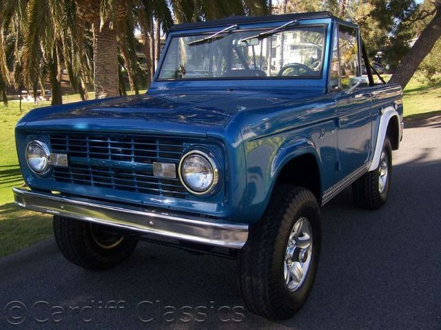 Used Ford Bronco >> I Have Always Wanted An Old Blue Ford Bronco Things I
