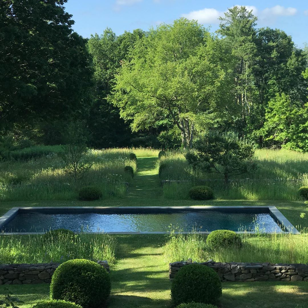 Pin By Steventmills On Gardens In 2020 Outdoor Gardens Landscape Design Pond Water Features