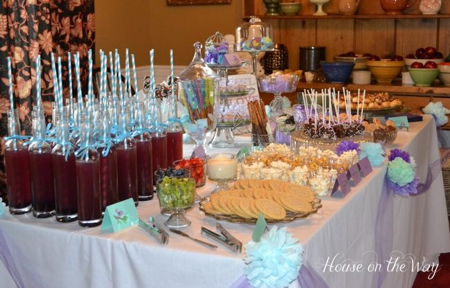 Hats used as decor for a bridal shower table baby shower for Baby shower food decoration ideas