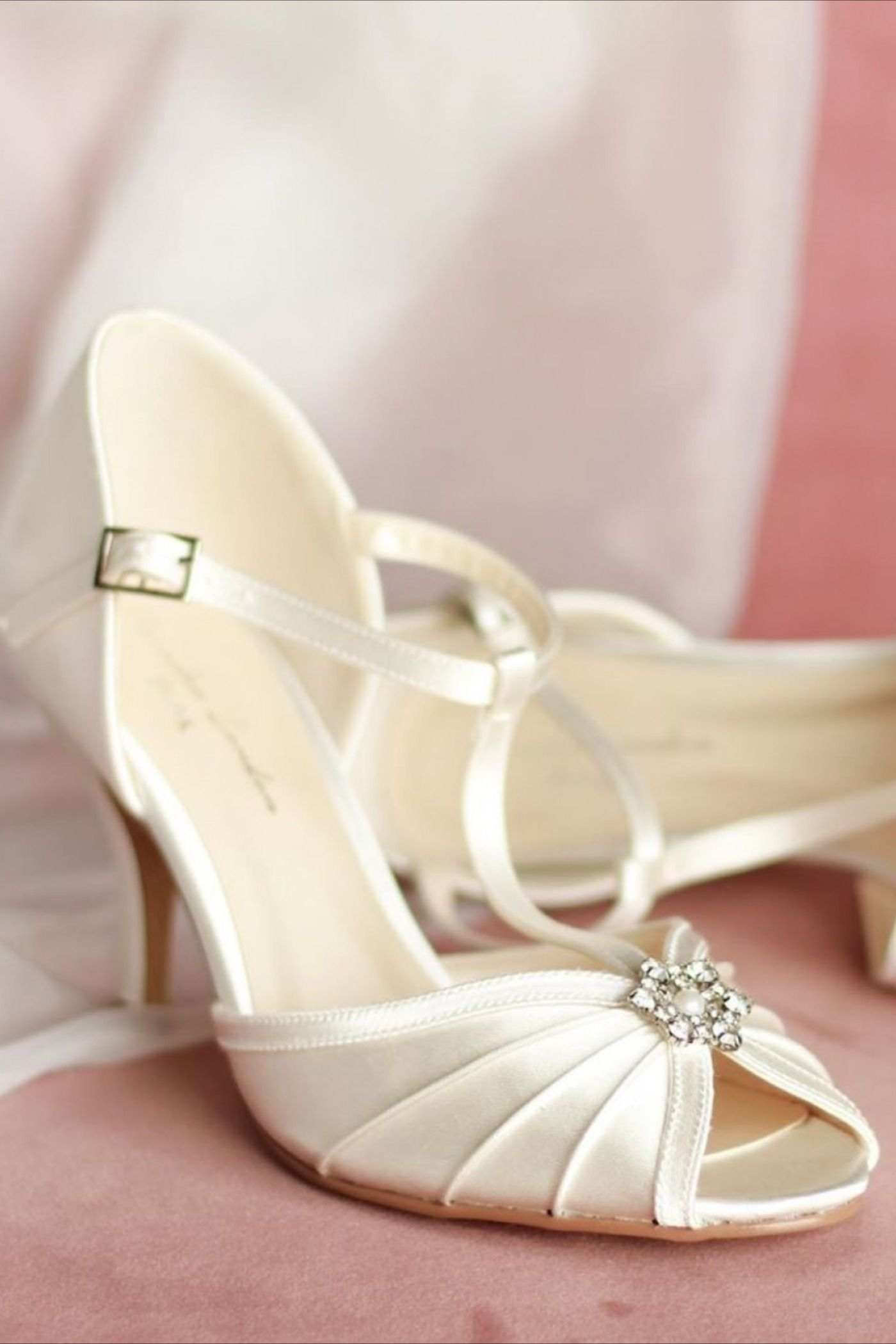 Beautiful Vintage T Bar Peep Toe Wedding Shoes With A Gorgeous