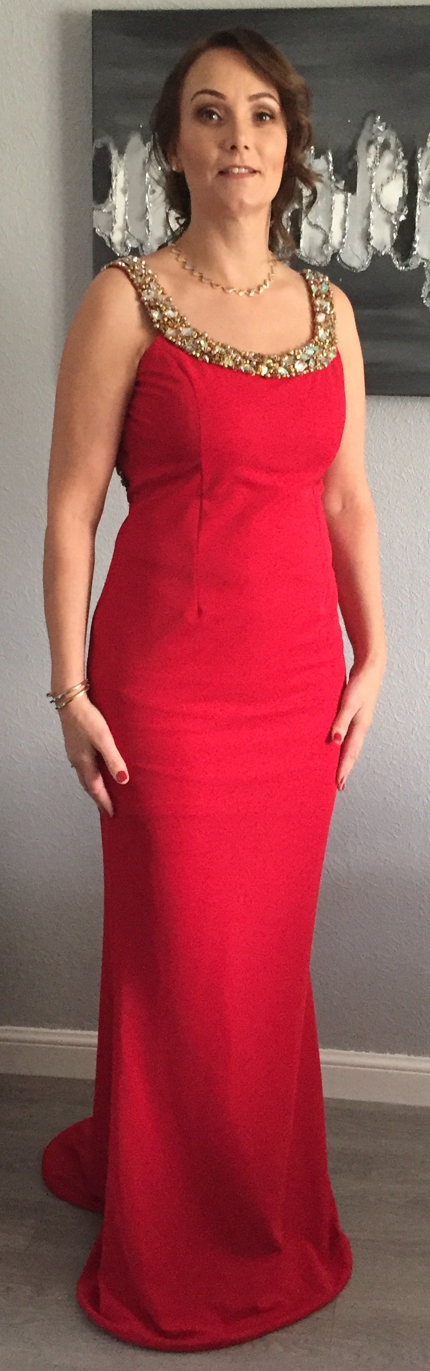 Pia michi red crepe gold bead fitted low back mermaid with side