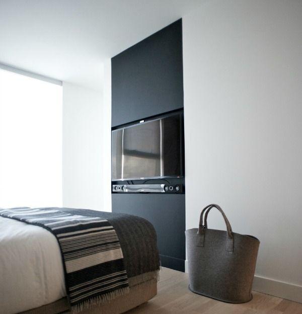 tv verbergen / hide tv / zwarte muur / black wall | Home Style ...