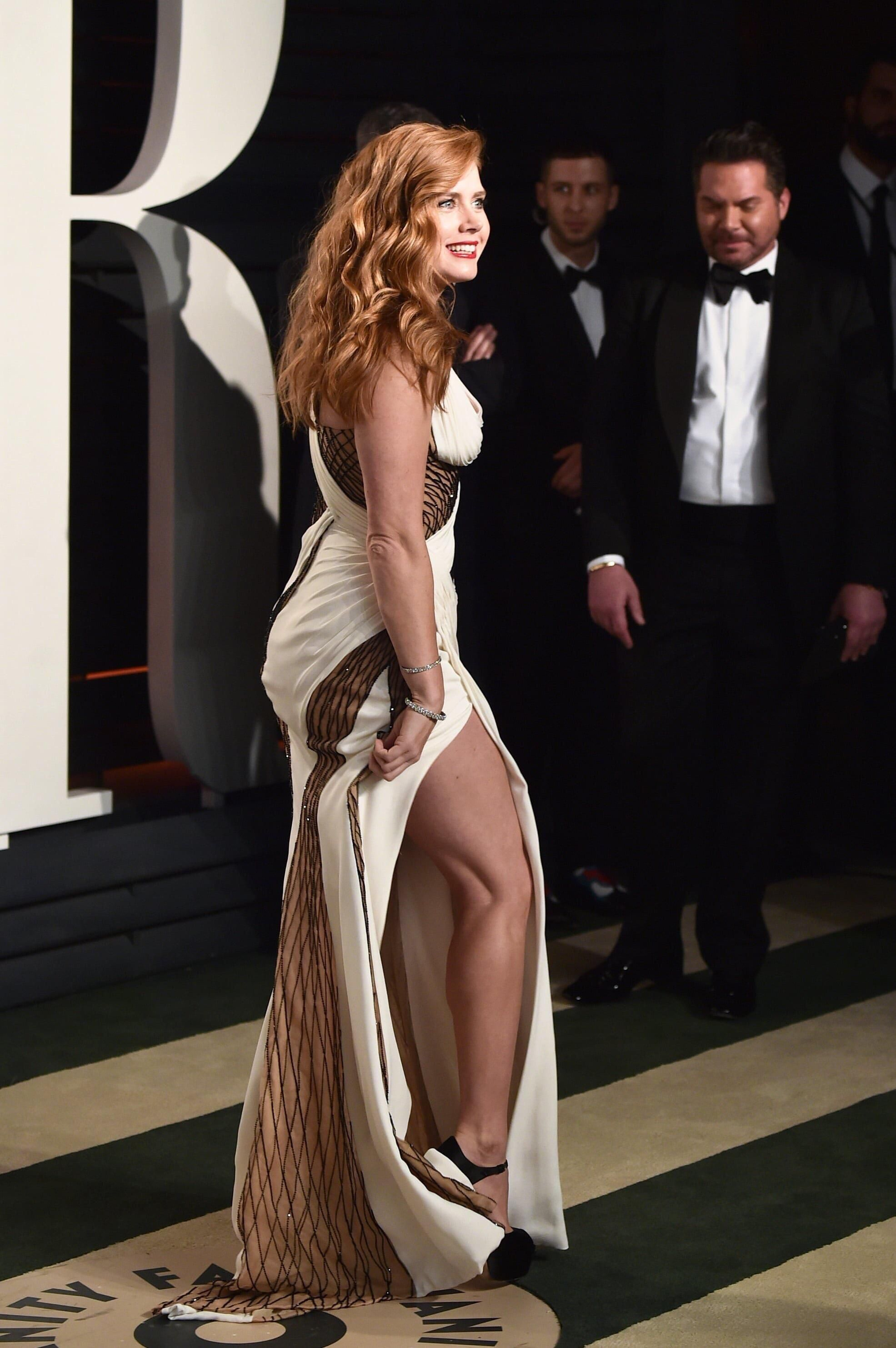 Amy Adams Looking Hot In That Dress For More Hot Pics Check