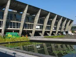 Museu de Arte Moderna - Rio de Janeiro (Oscar Niemeyer)