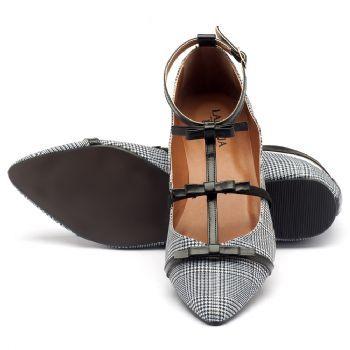 0f639f45f Sapatilha Bico Fino em tecido xadrez com tiras em couro preto 3501 ...